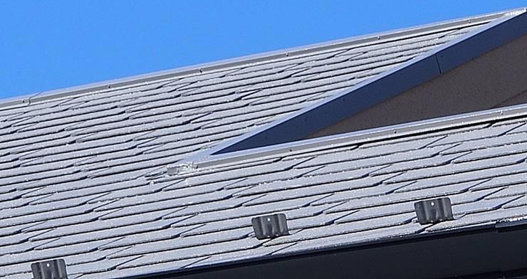 グレーの屋根の拡大