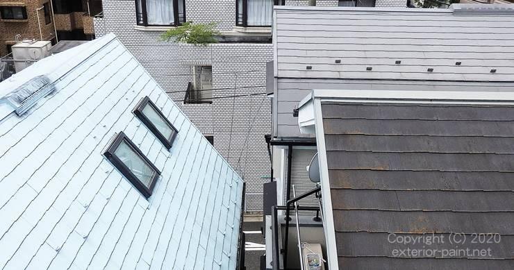 白い屋根・グレーの屋根・黒い屋根