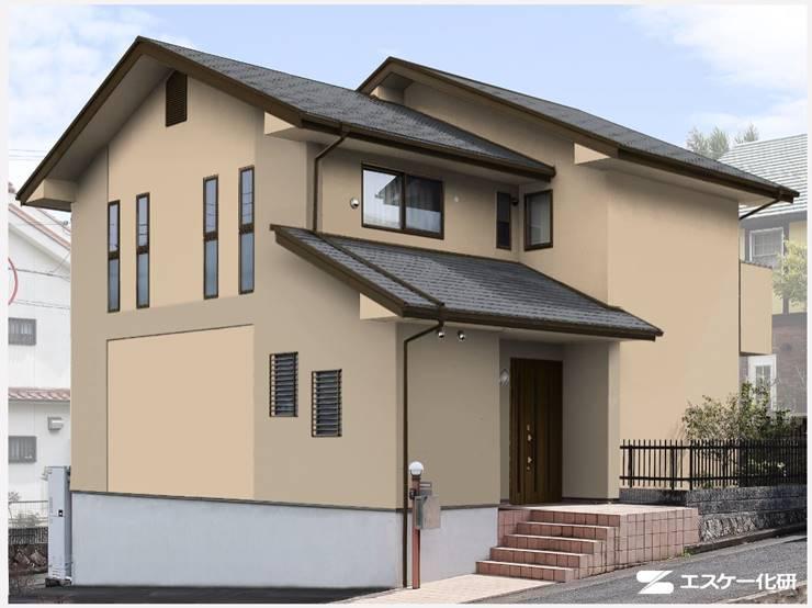 グレー屋根ブラウン系の家