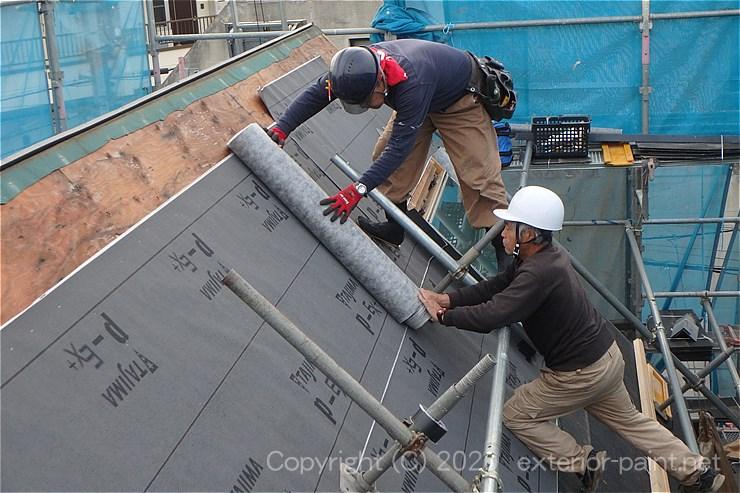屋根足場が必要な屋根改修工事(ルーフィング)
