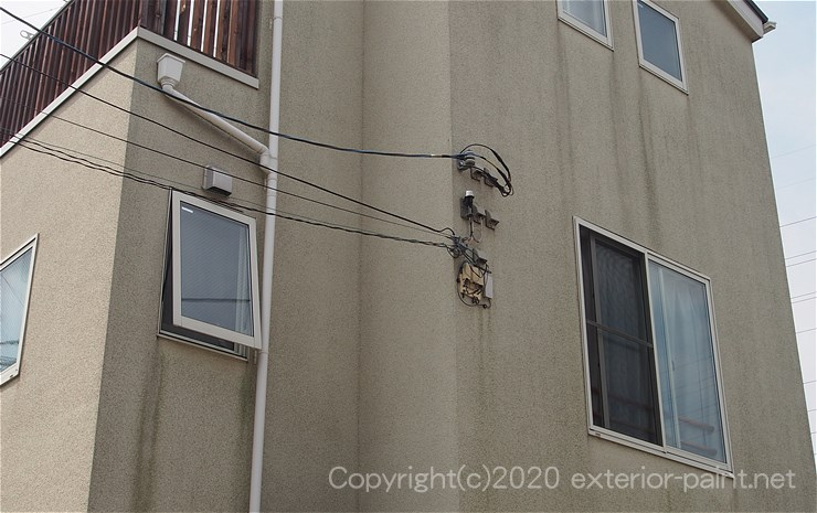 リシン外壁の汚れ